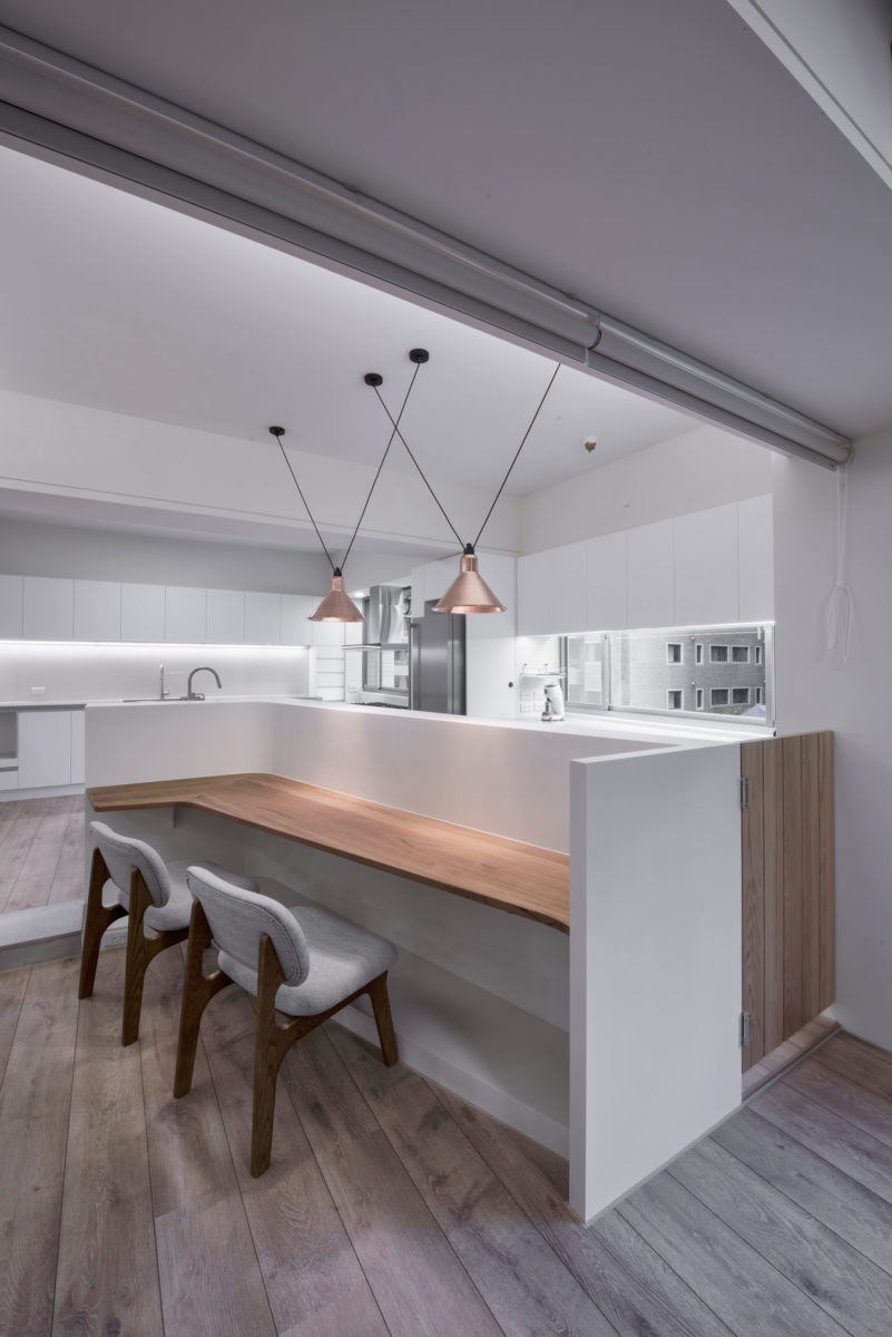 捲簾可彈性隔間,廚房的開闊感