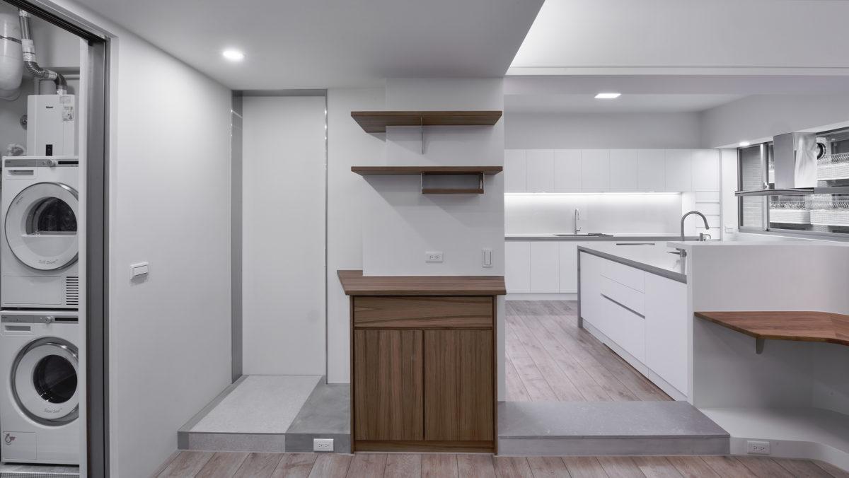 後陽台,客廁,環保袋收納,廚房區