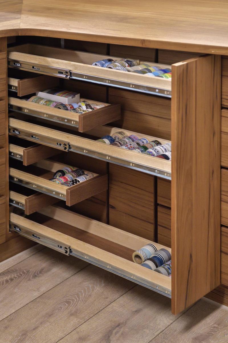 女主人工作區收納,紙膠帶抽,一目了然,好找好收,可收八百卷