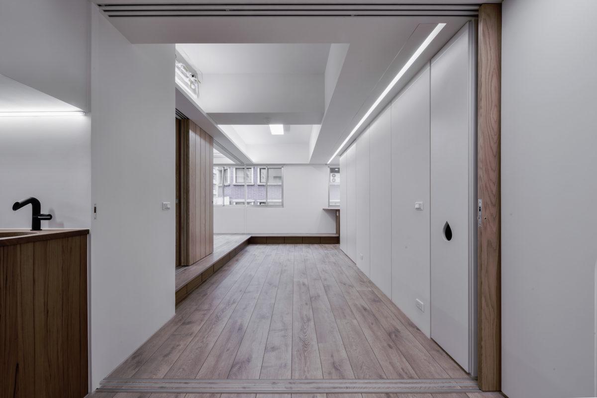 進入臥室區,打破傳統一人一間房的隱私區隔,爭取通風