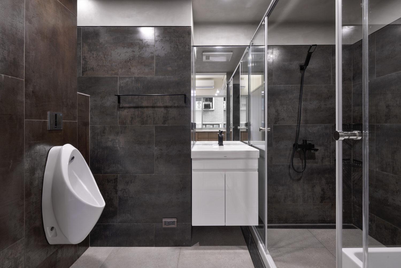 主臥廁所,金屬磚