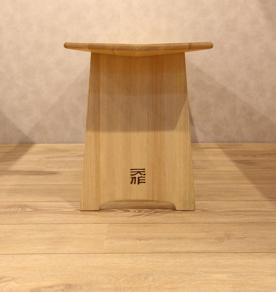元長凳, 栓木實木