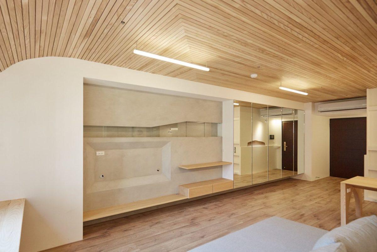 入口收納鏡櫃、客廳、電視牆展示