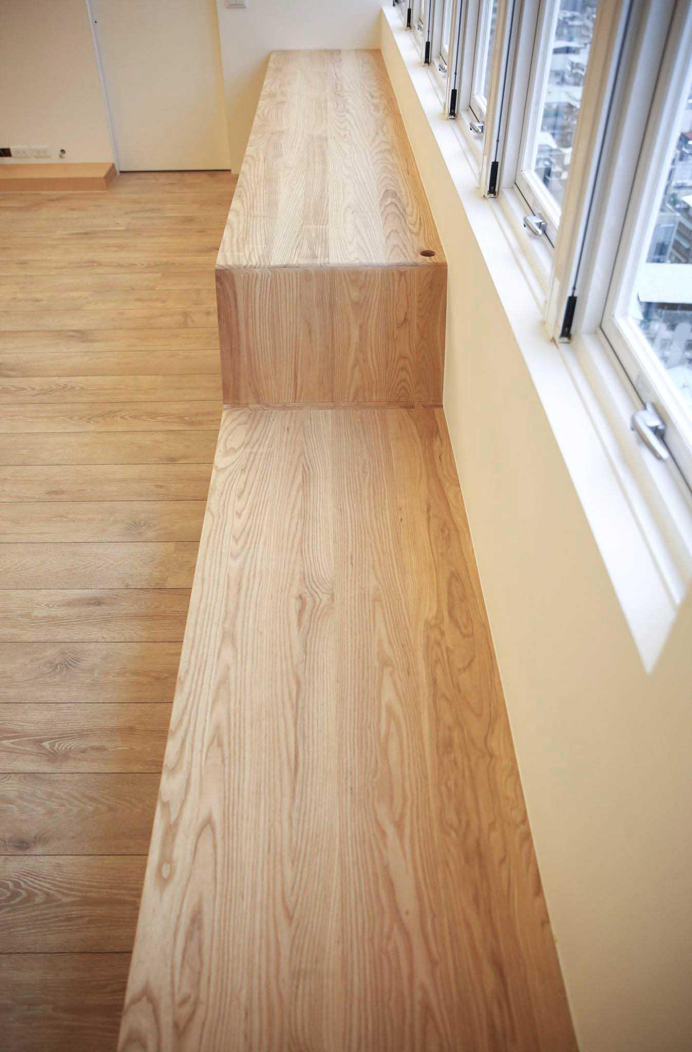 栓木實木經過仔細的挑選與排列,大方又舒朗
