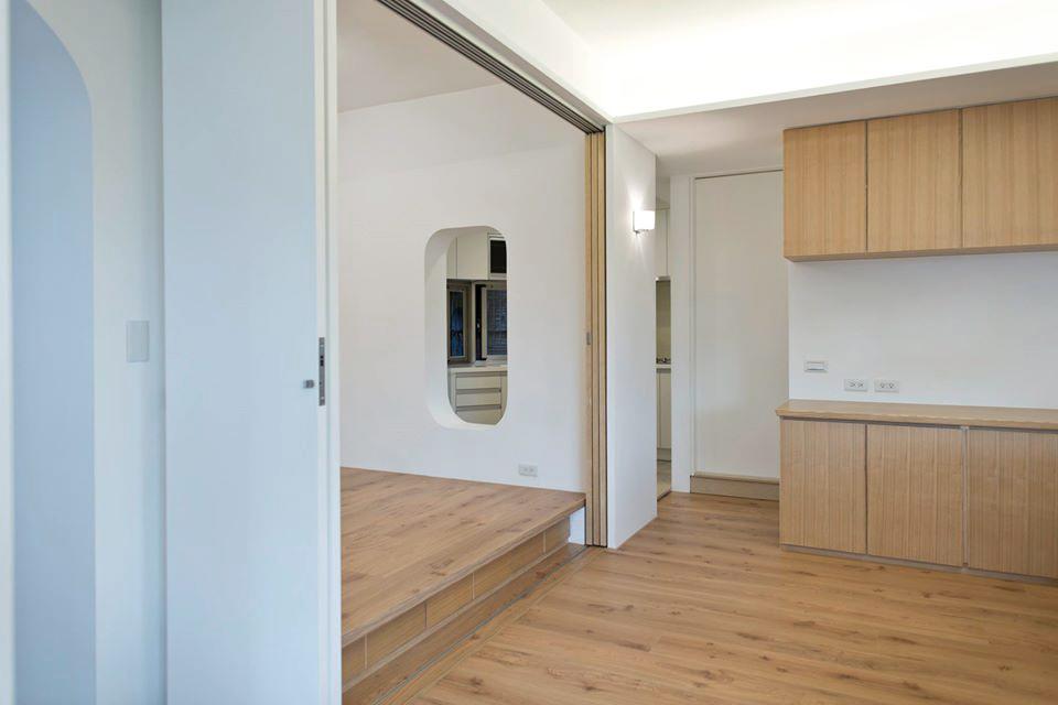 和室門平常打開時可以讓餐廳電器櫃區域更加的寬廣舒適