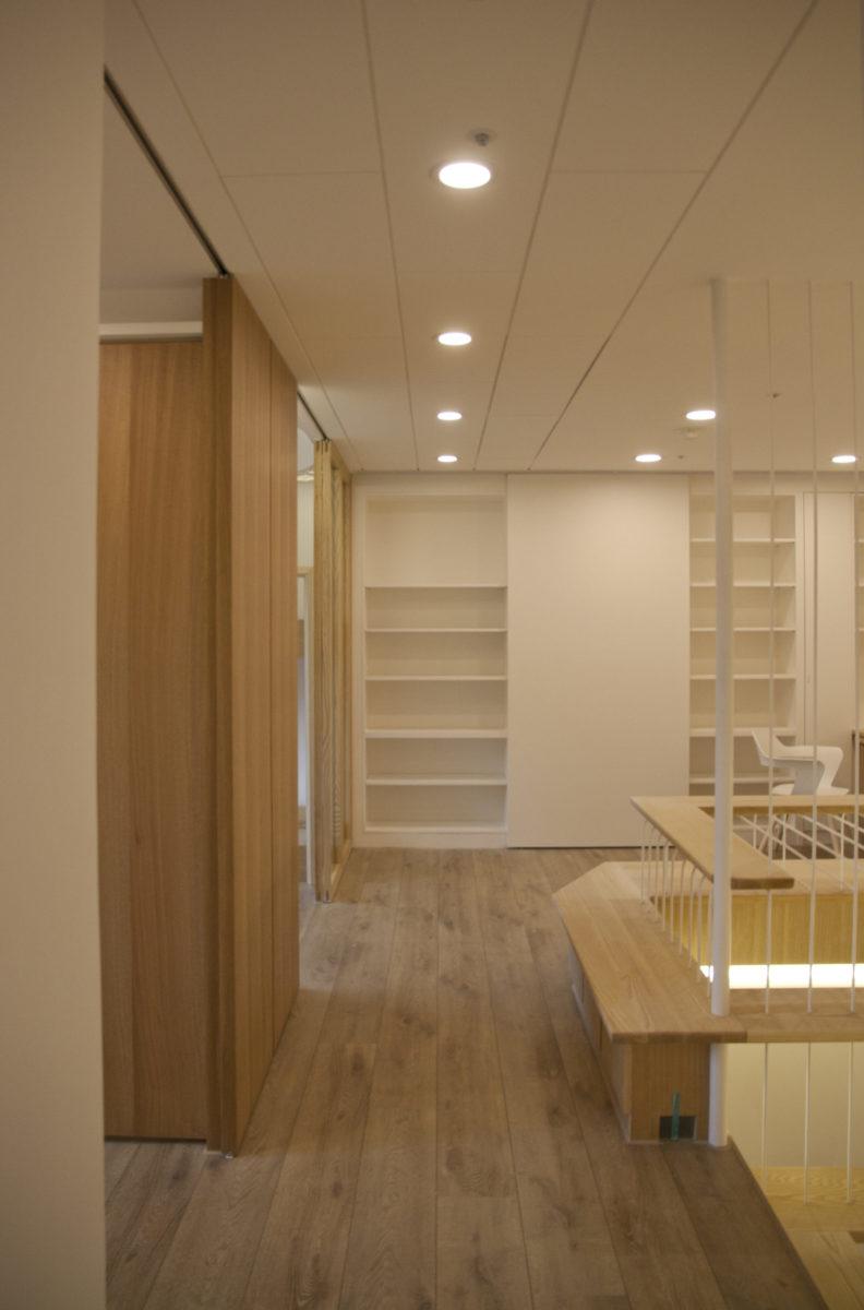 二樓主要是臥室與起居空間